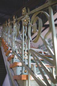 Металните стълби с парапети от http://metalnistulbi.com