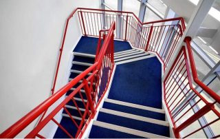 Метални стълби 68