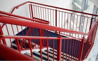 Метални стълби 69