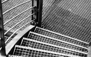Метални стълби 74
