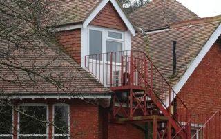 Метални стълби 76