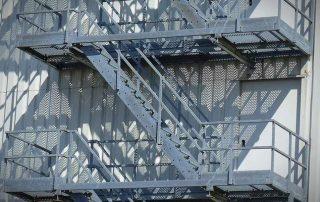 Метални стълби 82